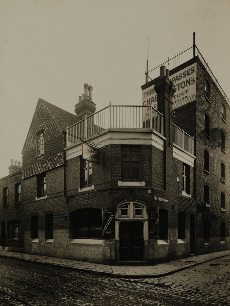 Rotherhithe Street, Nos 346. The Three Compasses Pub.  2   X.png