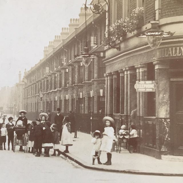 The 'Queen Elizabeth' pub Merrow Street, London SE. (Mullally Bros), on the corner of Elizabeth Street, looking east. 'You may telephone from here'. c1911.  X.png