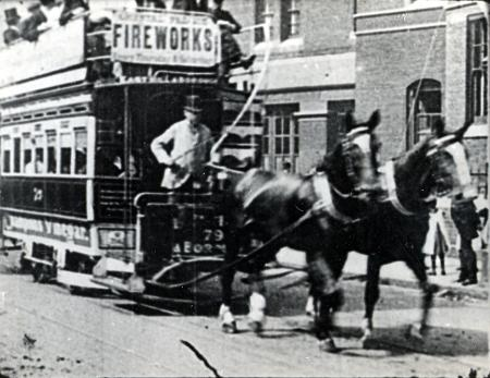 South London Tramways Company horse-drawn tram in service between East Hill and Borough High Street 1896.  X.png