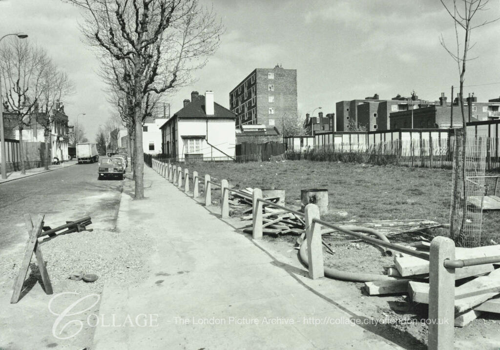 Brunel Road c1976, Adam & Eve Pub down on the left.   X.png
