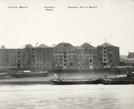 Bermondsey Wall East, Powell's Wharf.  Farrand's Wharf was left and Darnell's Granaries right.   X.png