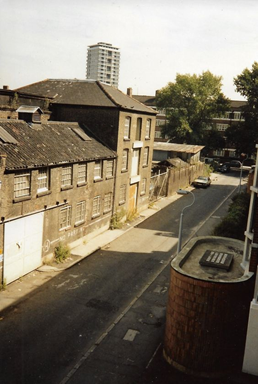 Grange Walk c1980, George Tingle House on the right, the tall building in the background is the Two Towers Estate in Abbey Street.   X.png