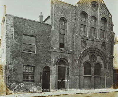 Cannon Beck Road, this is formerly 30 Clarence Street, Rotherhithe c1904.   X.png