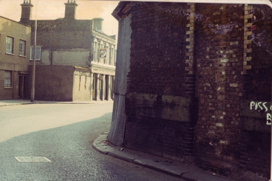 Rotherhithe Street, Half Moon and Bull pub, opposite King & Queen Wharf.  X.png