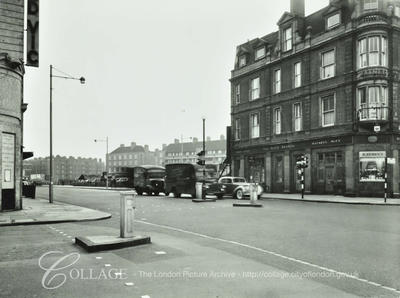 Waterloo Road, Olive Branch Pub right c1955. The Cut and The Old Vic on the left.   X.png