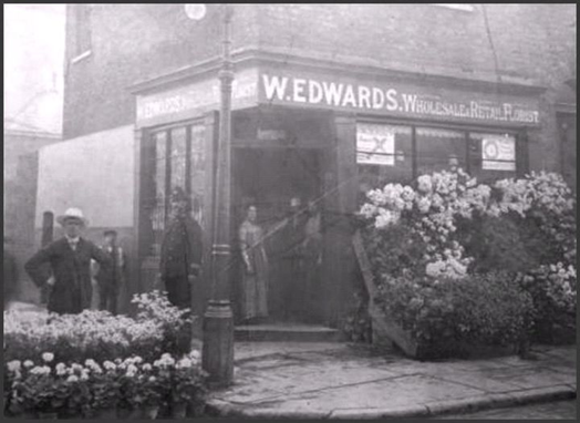 East street left corner with Blackwood Street right, c1955. Same shop different owners.  X.png