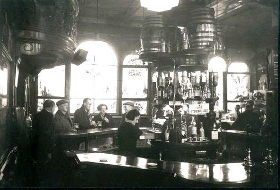 Old Elephant & Castle,Pub..jpg